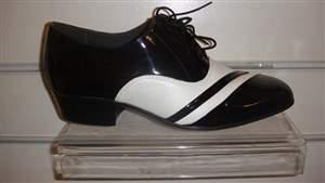 PA 9 - Sapatos masculino bicolor VERNIZ preto e COURO branco.