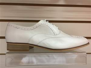 PA20 normal - Sapatos masculino branco em couro , salto normal.